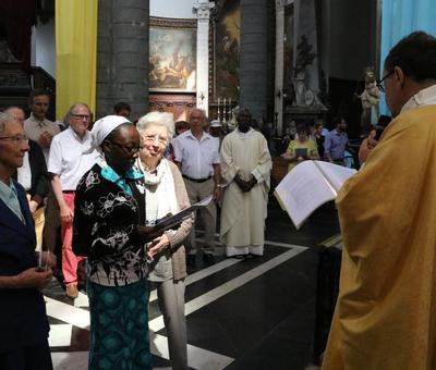 1706_Célébration de l'Eucharistie 47