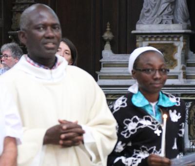 1706_Célébration de l'Eucharistie 53