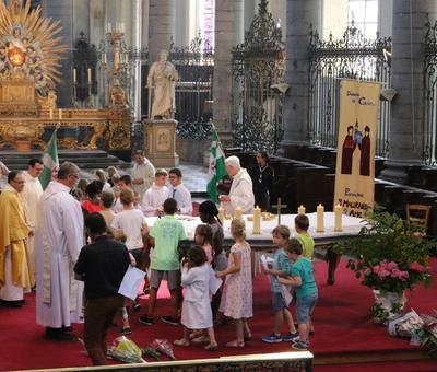 1706_Célébration de l'Eucharistie 56