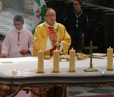 1706_Célébration de l'Eucharistie 58