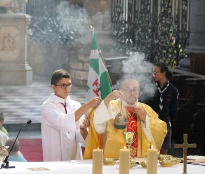 1706_Célébration de l'Eucharistie 59