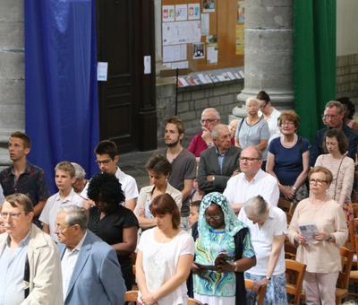 1706_Célébration de l'Eucharistie 63