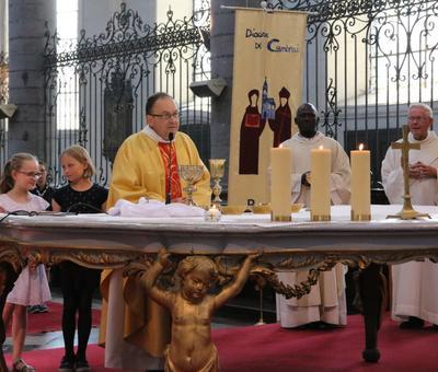 1706_Célébration de l'Eucharistie 77
