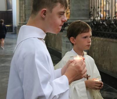 1706_Célébration de l'Eucharistie 78