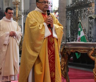 1706_Célébration de l'Eucharistie 79