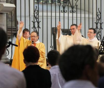 1706_Célébration de l'Eucharistie 81
