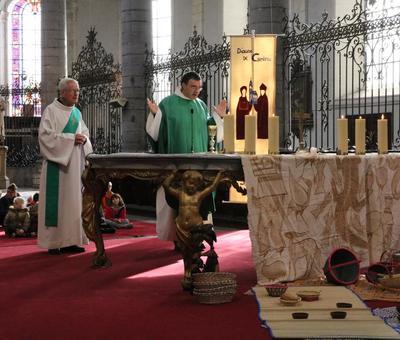 1710_JMM_Messe du dimanche collégiale SP  37