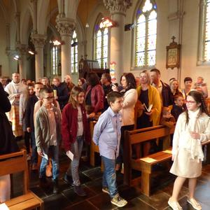 1eres communions Neuville 2018 (4)