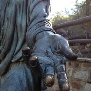 mains du Christ (2)