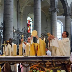 1806_Vignette Fête du St-Sacrement Messe 3