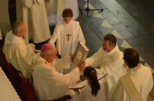 ordination-didier-876750_2