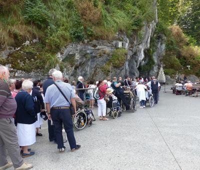 Lourdes2018-photos passage grotte (8)