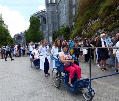 Lourdes2018-photos passage grotte (11)