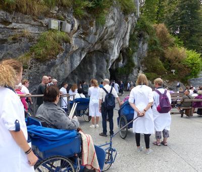 Lourdes2018-photos passage grotte (14)