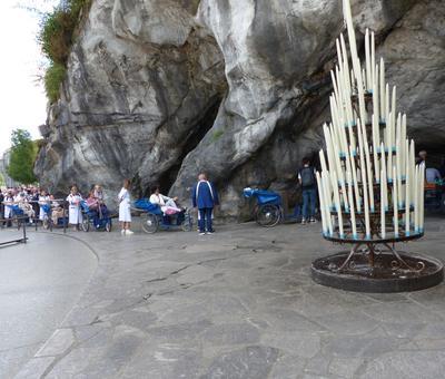 Lourdes2018-photos passage grotte (16)