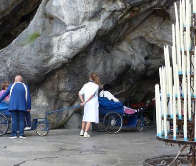 Lourdes2018-photos passage grotte (17)