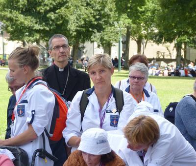 Lourdes2018-photos chemindecroix prairie (5)