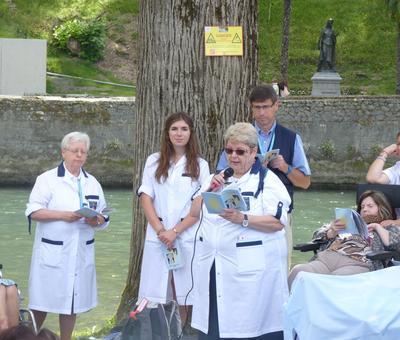 Lourdes2018-photos chemindecroix prairie (8)