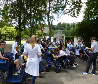 Lourdes2018-photos chemindecroix prairie (11)
