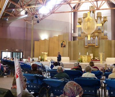 Lourdes2018-photos Sacrmt reconciliation (6)