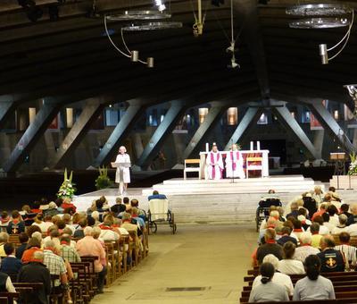 Lourdes2018-photos Sacrmt reconciliation (10)