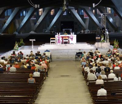 Lourdes2018-photos Sacrmt reconciliation (17)