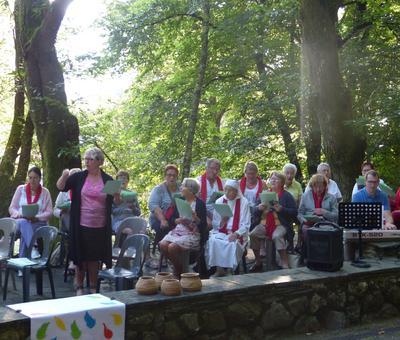 Lourdes-2018 - photos Cathedrale verdure (3)