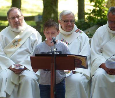 Lourdes-2018 - photos Cathedrale verdure (47)