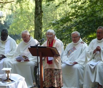 Lourdes-2018 - photos Cathedrale verdure (52)
