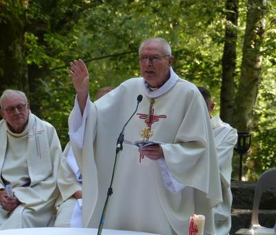 Lourdes-2018 - photos Cathedrale verdure (55)