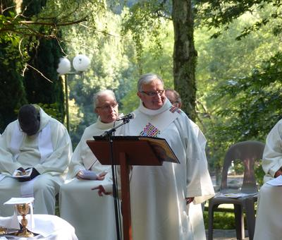 Lourdes-2018 - photos Cathedrale verdure (56)