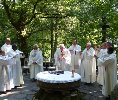 Lourdes-2018 - photos Cathedrale verdure (65)
