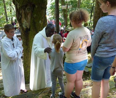Lourdes-2018 - photos Cathedrale verdure (71)