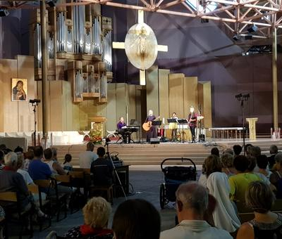 Lourdes 2018 - photos - Recital Soeur Agathe (1)