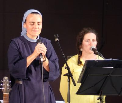 Lourdes 2018 - photos - Recital Soeur Agathe (15)