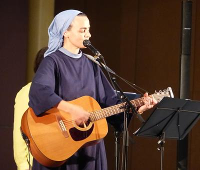 Lourdes 2018 - photos - Recital Soeur Agathe (32)