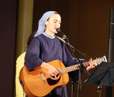 Lourdes 2018 - photos - Recital Soeur Agathe (33)
