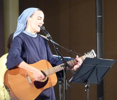 Lourdes 2018 - photos - Recital Soeur Agathe (43)