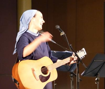 Lourdes 2018 - photos - Recital Soeur Agathe (46)