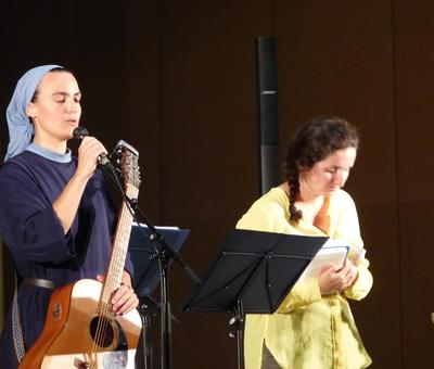 Lourdes 2018 - photos - Recital Soeur Agathe (47)