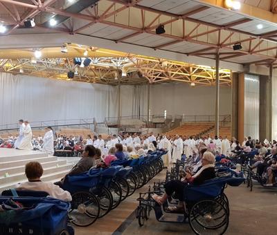 Lourdes 2018 - photos onction malades (12)