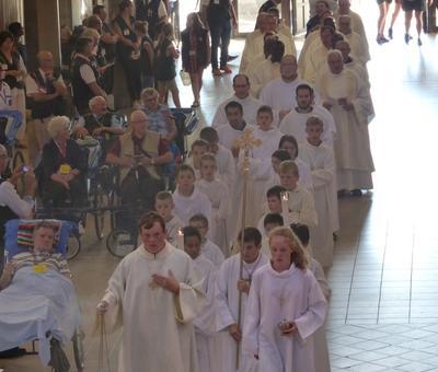 Lourdes 2018 - photos onction malades (26)