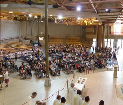 Lourdes 2018 - photos onction malades (39)