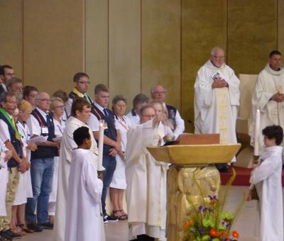 Lourdes 2018 - photos onction malades (46)