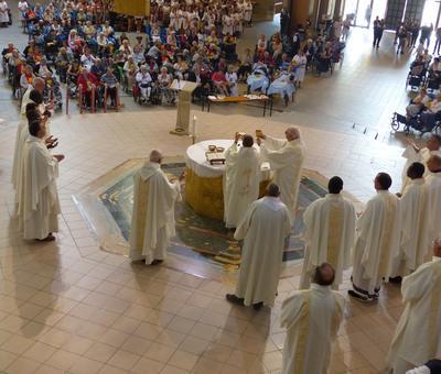 Lourdes 2018 - photos onction malades (68)