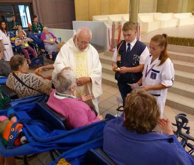 Lourdes 2018 - photos onction malades (95)
