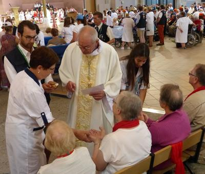 Lourdes 2018 - photos onction malades (97)