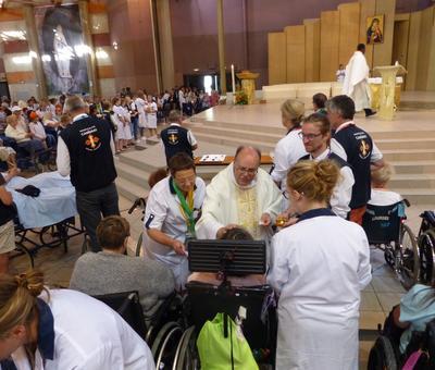 Lourdes 2018 - photos onction malades (100)