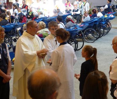 Lourdes 2018 - photos onction malades (126)