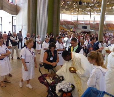 Lourdes 2018 - photos onction malades (129)